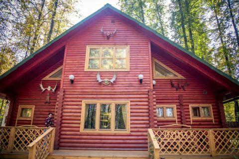Генеральский дом в лесной усадьбе «Холидей парк»
